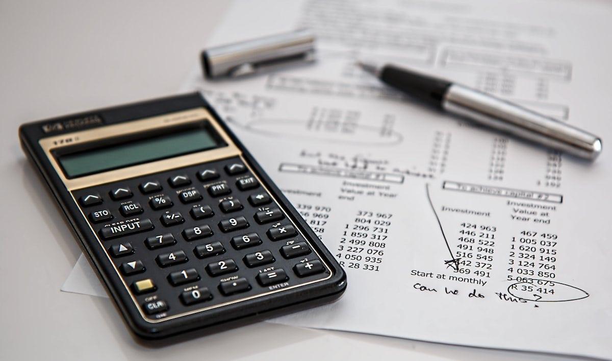 BGM Steuern Finanzen Taschenrechner